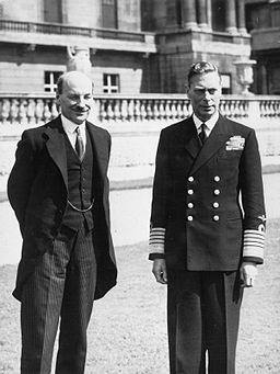 256px-Attlee_with_GeorgeVI_HU_59486